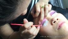 Lifting eyelashes